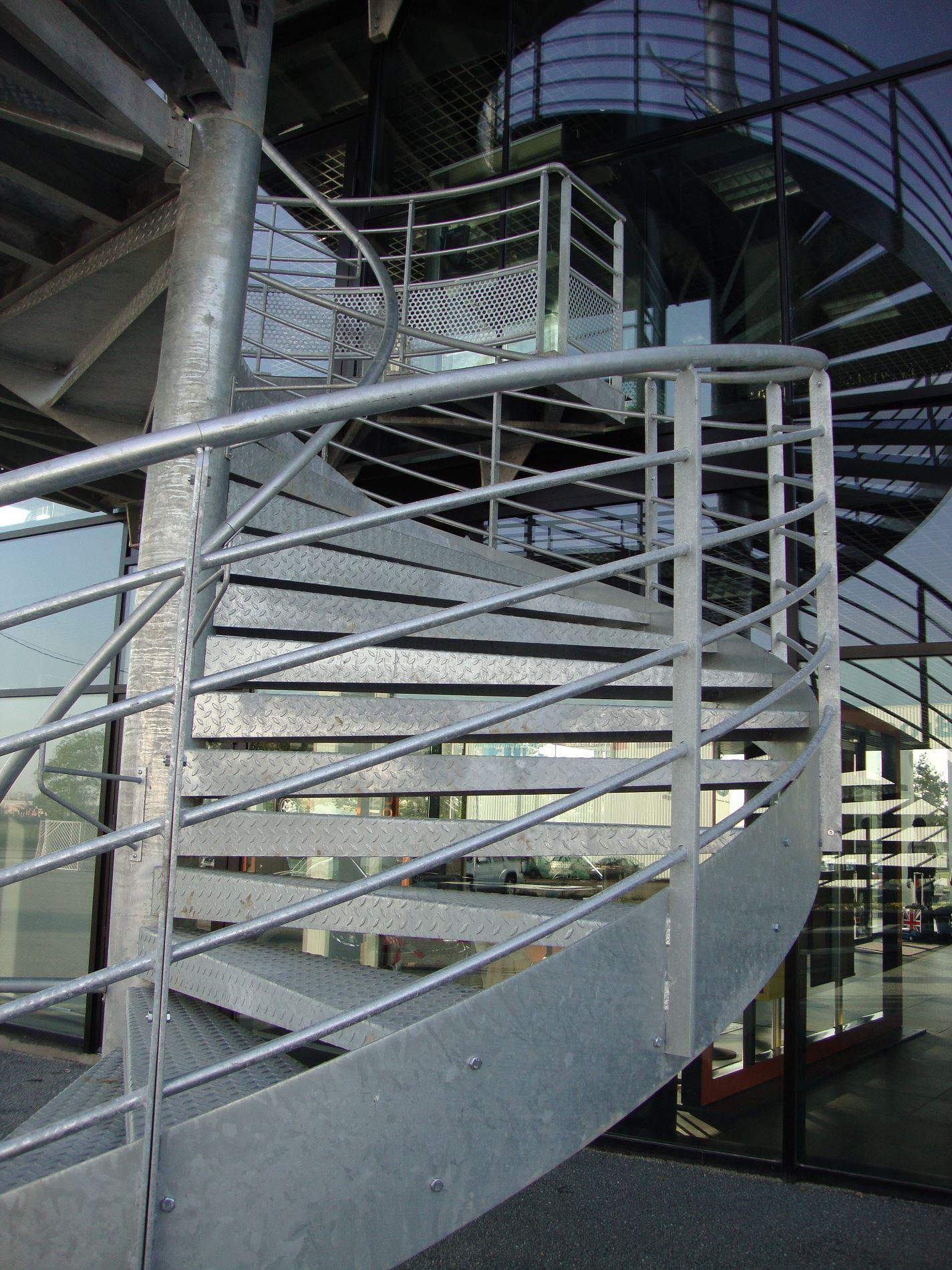 etude de conception d 39 un escalier ext rieur en acier bordeaux get5. Black Bedroom Furniture Sets. Home Design Ideas